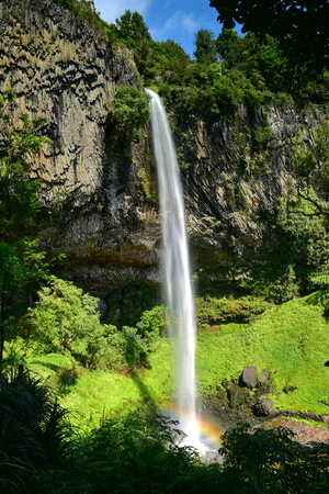 Spectacular 55m Bridal Veil Falls in the Waireinga Scenic Reserve, New Zealand Stock fotó