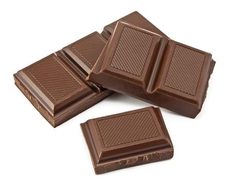 chocoladerepen geïsoleerd op witte achtergrond