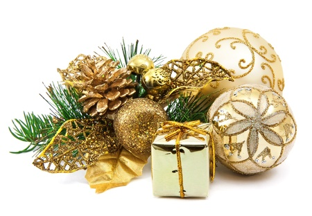 vánoční dekorace na bílém pozadí