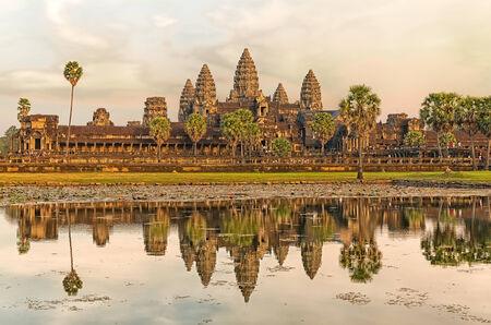 siem reap: Iconic Angkor Wat reflecting in Lake, Siem reap, Cambodia. Stock Photo