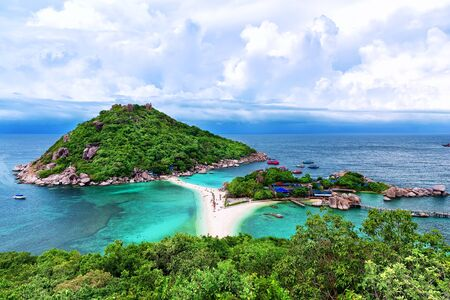 tao: Beautiful white sand beach of Koh Tao, Thailand
