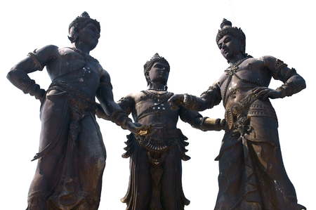 king ramkhamhaeng: The three kings monument in Chiang Mai. King Mangrai of Lanna (center), King Ngam Muang of Phayao (left) and King Ramkhamhaeng of Sukhothai (right).