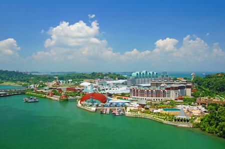ciel avec nuages: Ce est une vue de l'�le de Sentosa � Singapour. Banque d'images