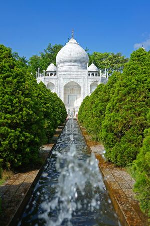 This is a Tajmahal model in china photo