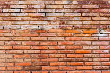 broken wall: rojo ladrillo viejo muro roto textura de fondo