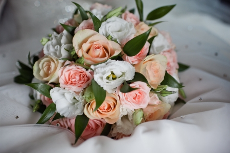 bridal bouquet: close up of wedding bouquet