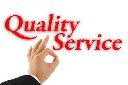 Concepto de calidad de servicio con mano firme bien aislado en blanco