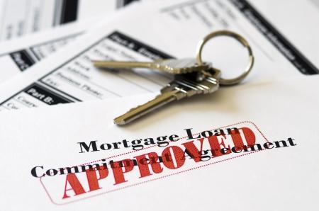 Real Estate Hypotheek Goedgekeurde lening Document Met huissleutels