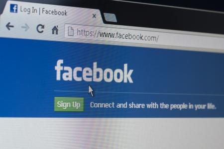 Facebook ログインまたはサインアップ ホーム ページを確保します。 報道画像