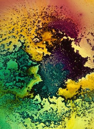 zero gravity: sfondo astratto con traslucido modello di colore intenso sulla luce trasmessa