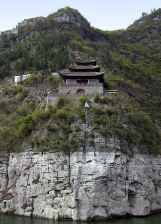waterside scenery along the Yangtze River in China including a historic fortified building Stock Photo - 10863005