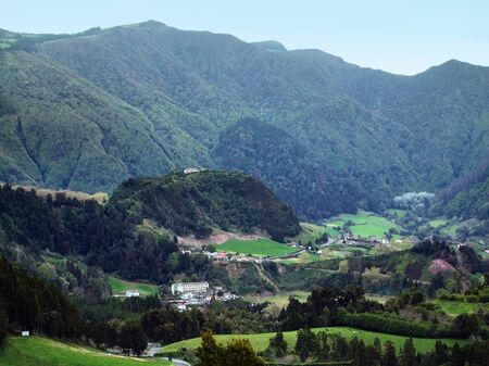 hilly panoramic scenery at Sao Miguel Island Stock Photo - 10964810