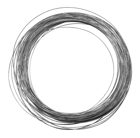 Studiofotografie von einer Rolle aus Metalldraht isoliert auf weiß mit Clipping-Pfad