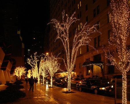 beautiful illuminated city view of New York (USA) at Christmas time