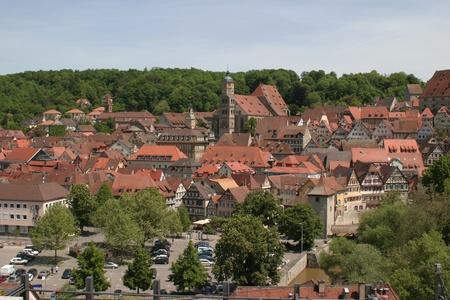 """rooftile: foto aerea di una citt� nel sud della Germania denominata """"Schwu00e4bisch Hall"""""""