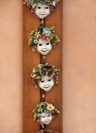 bibelot: some colorful deco faces seen in Italy