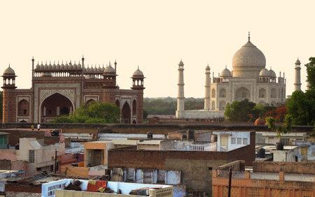 uttar pradesh: the Taj Mahal in Agra in Uttar Pradesh, India