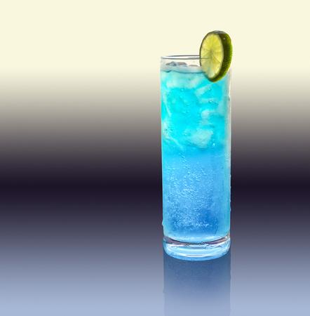 longdrink: a blue longdrink with slice of lemon in gradient artificial back