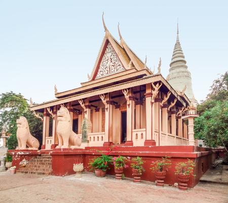 penh: buddhist temple named Wat Phnom in Phnom Penh located in Cambodia