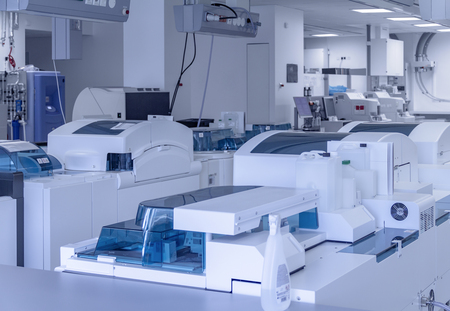 Medical laboratory including lots of apparatuses and technical equipment Standard-Bild - 115382103