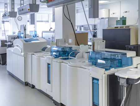 Medical laboratory including lots of apparatuses and technical equipment Standard-Bild - 115382112