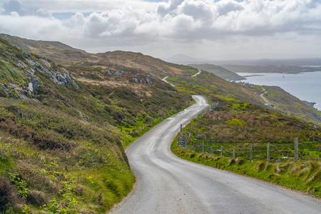 Idyllic coastal scenery around Sky Road in Connemara, a region in western Ireland Standard-Bild - 115382068