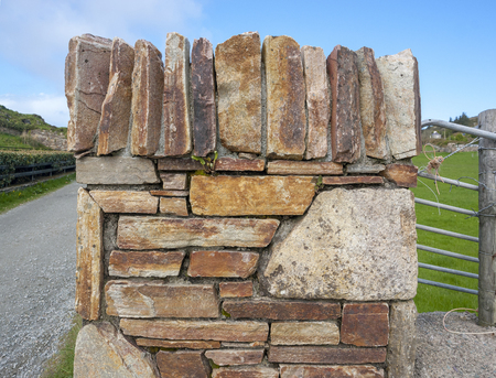 Detail shot of a stone wall seen in western Ireland Standard-Bild - 115382074