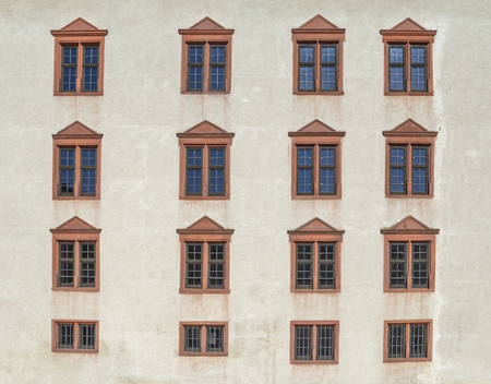 windows at a historic house facade in Franconia, a bavarian area in Germany Stockfoto