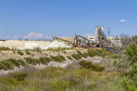 salt production facility around Salin-de-Giraud located in in the Camargue area in southern France Standard-Bild