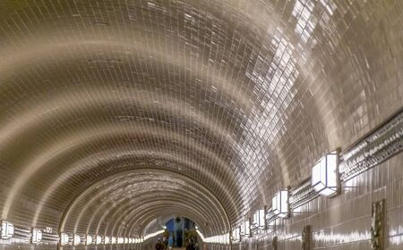 scenery inside the Old Elbe Tunnel in Hamburg, Germany Stok Fotoğraf