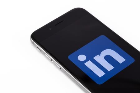Apple iPhone 6s with logo LinkedIn on the screen. LinkedIn - social network service. Ekaterinburg, Russia - September 7, 2016 Redakční