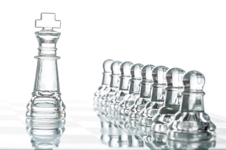 surrounded: Surrounded king chess, business strategy War Winning Teamwork