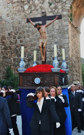 talavera: Holy Week processions of Talavera - Spain - 2011- Men the throne Editorial
