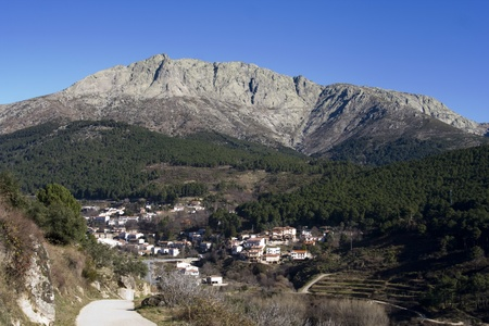 Panoramic view of Torozo from Cuevas del Valle
