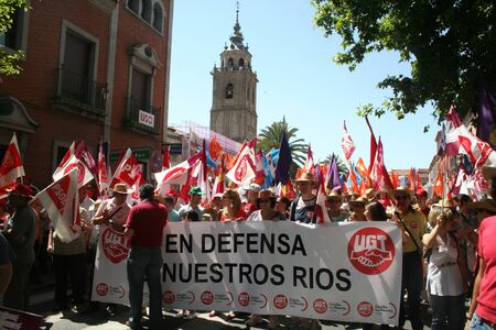 demonstration in defense of the river Tajo Shipping water, against the, Segura, Editorial