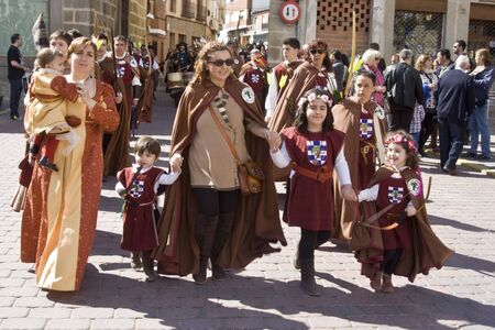 Ladies, Medieval festivals Oropesa, Toledo, 220420112 Editorial