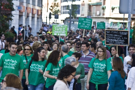 manifestation against the cuts in Education, Spain  22052012 Editorial