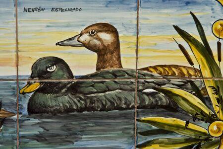 talavera: Tile Talavera pottery,  Ducks Editorial