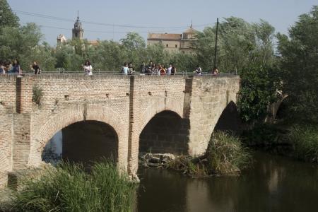 talavera de la reina: Tajo River, Puente Romano, Talavera Stock Photo