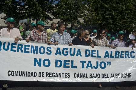 Manifestation in Talavera, not irrigate with water from the Tajo 14072012