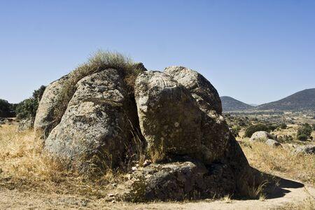 canto:  stone Canto del Perdon,  Aldeanueva de Barbarroya, Toledo