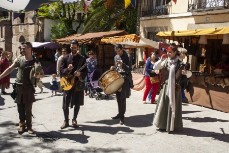 bagpipes: street musicians with bagpipes, Medieval Market, Oropesa, Toledo, Spain, 21 04 2013