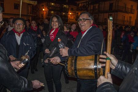solo  christmas:  Feast Retumbaleda Candeleda, Avila, navidad music,  zambomba, tambourine