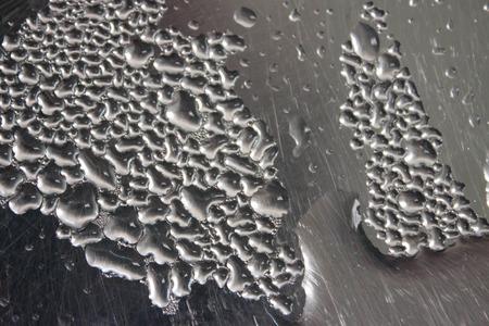 vapore acqueo: Sfondo gocce di vapore acqueo in argento.