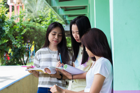 acquaint: asian girls are planning their work