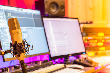 condenser microphone in studio for online meeting, post production, music production concept Foto de archivo
