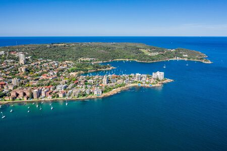 Aerial view on famous Smedley's Point, Sydney, Australia. View on Sydney harbourside suburb from above. Aerial view on Sydney North Harbour, North Head and Smedley's Point. 스톡 콘텐츠
