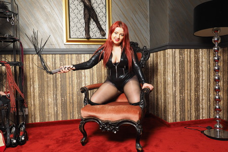 whips: Mistress with whip