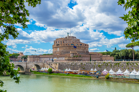 River Tiber and the Castel Sant Angelo, Rome, Italy 写真素材