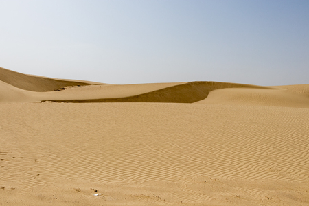 The Tunisian Sahara desert is a fantastic place for travelers and photographers, Africa Imagens